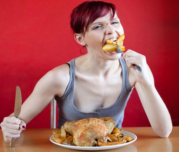 Nên có chế độ ăn hợp lý để giúp bạn tăng cân