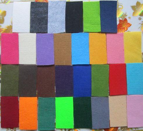 Vải nỉ thông thường có khá mỏng nhưng có độ co dãn tốt, có giá thành rẻ và đa dạng về màu sắc
