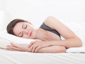 Giấc ngủ tốt cho sức khỏe và tốt cho cả làn da